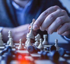 lider-pracownik-zmiana-manager-zarządzanie-motywowanie-pracowników-lider-i-pracownik-w-obliczu-zmian-leadership-przywódca